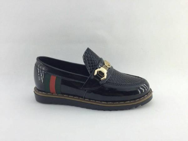 کفش پسرانه و مردانه